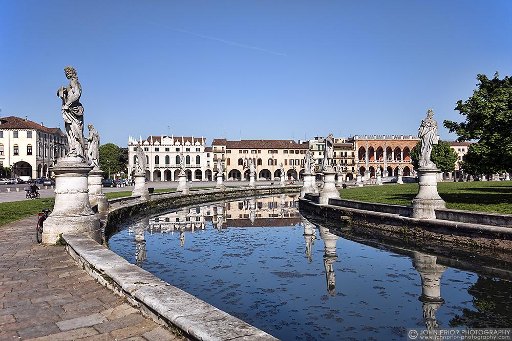 photoblog image Prato della Valle, Padua