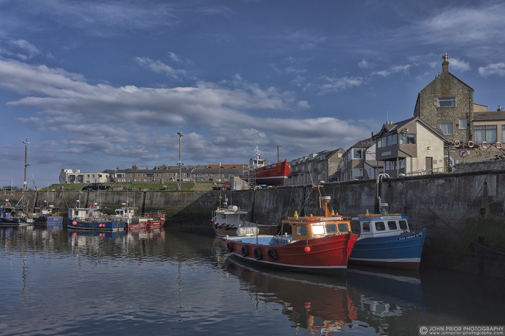 photoblog image The harbour at Seahouses